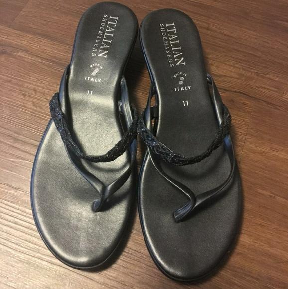 2845edc5051 Italian Shoemakers Shoes - Italian Shoemakers Black Thong Sandals Size 11
